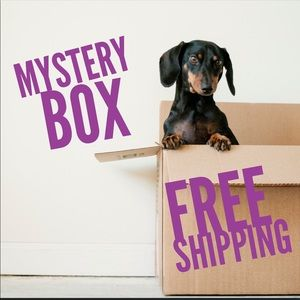 BOUTIQUE MYSTERY BOX💜